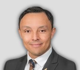 Johan Cardenas Relationship Manager/Private Banker