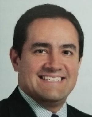 Dr. Ricardo Riveros