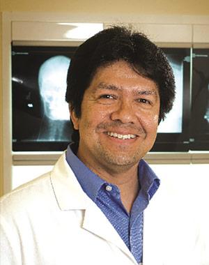 Dr. M. Alex González
