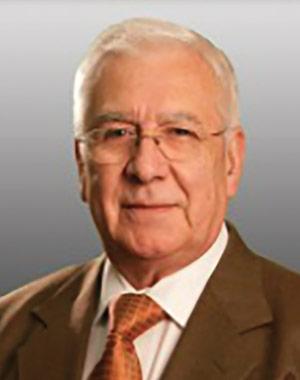 Dr. Carlos Ruiz